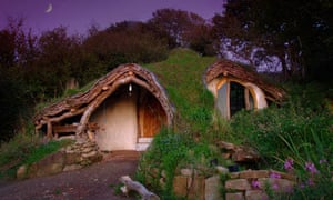 Mark Boyle blog : Simon Dale's low impact woodland house, one of Lammas projects