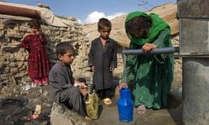 MDG7 env refugees living in the  Parwan-e-duo slum, Kabul, Afghanistan