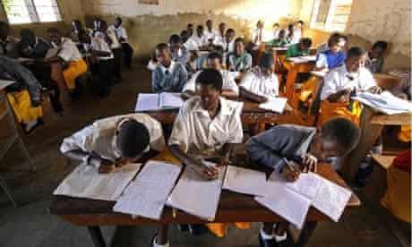 MDG : Secondary School in the Kampala suburb of Ggaba, Uganda,