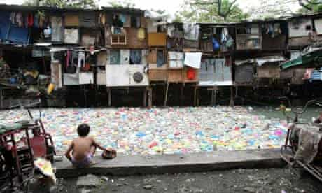 MDG : MSF on raising slums : shanty town and water pollution in Manila