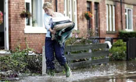 Damian blog : floods, flooded streets of Morpeth