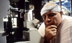 Scientist in Fiction : Actor Marlon Brando Portrays 'Dr. Moreau'