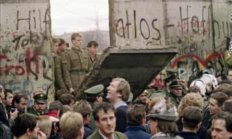 MDG : Arabic countries governance : Berlin wall fall Germany
