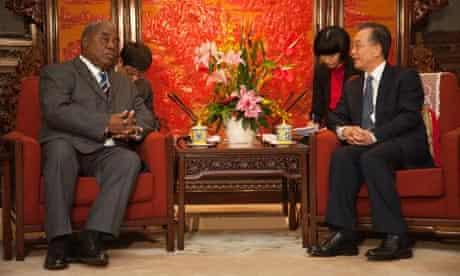 MDG : China Aid policy : Zambia President Rupiah Bwezani Banda Visits Beijing