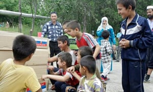 MDG : Russia Aid : Uzbek people receive humanitarian aid from Russia in Osh, Kyrgyzstan