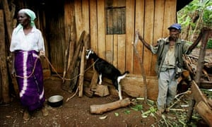 MDG : Small farmer in Unganda and Farm Africa Project