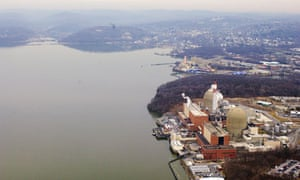 Damian blog : Aerial view of the Indian Point nuclear power plant along the Hudson River