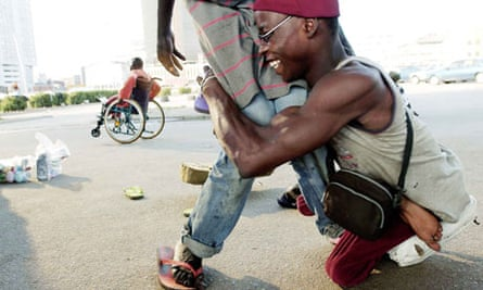 MDG : Disabled people in Nigeria : WHO And Unicef Say Africa Is On Verge Of Polio Epidemic