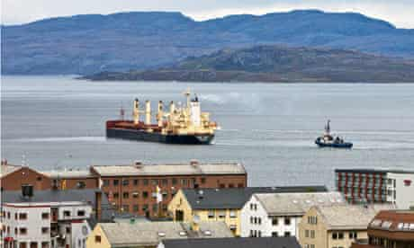 Arctic shipping routes : Bulk Carrier on Northern Sea shortcut route to China