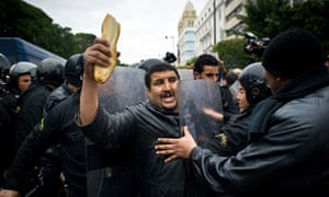 Damian blog : Food protest in Tunisia