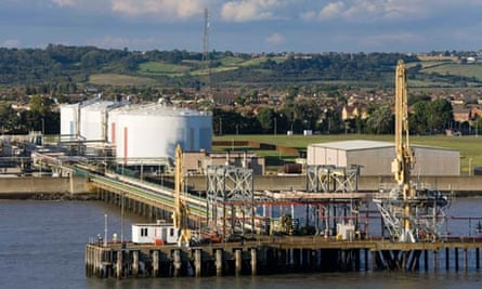 Gas in UK : Canvey Gas Terminal in Southend-on-Sea, River Thames, Essex County