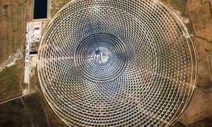 Climate Change FAQ : Low-carbon energy : Gemasolar Parabolic Power Plant
