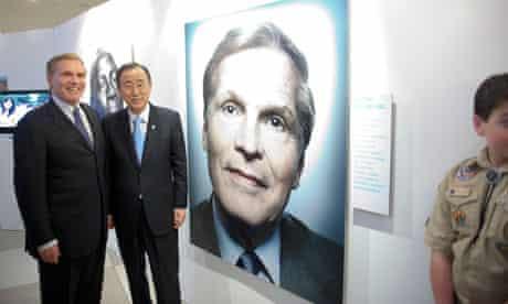 MDG : Philantropy and Malaria , philantropist Ray Chambers