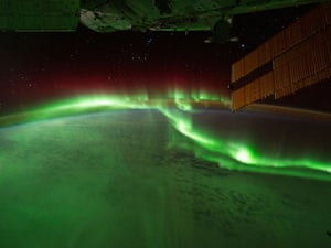 ISS astronauts capture aurora australis or southern lights
