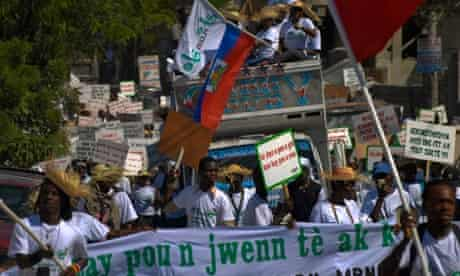 MDG : Haiti protest on the streets of Port-au-Prince to demand reconstruction of housing