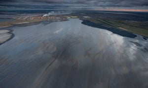 Damian blog on Tar Sands : Mildred Lake Tailings Pond, Syncrude,  north of Fort McMurray, Canada