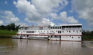 MDG : Peru : Project Amazonas boat hospital in Peruvian Amazon