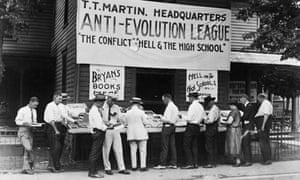 Teaching climate change : Anti-Evolution League at the opening of biology teacher John Scopes trial