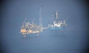 Gas leak: Total Elgin Platform in the North Sea  Elgin Wellhead Platform in der Nordsee