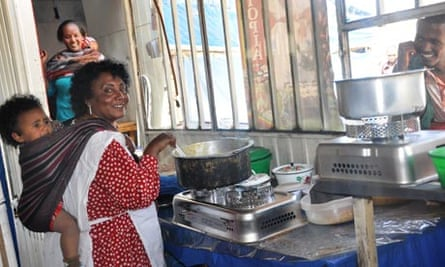 Global Alliance for Clean Cookstoves : Cooking with the CleanCook stove, Addis Ababa, Ethiopia