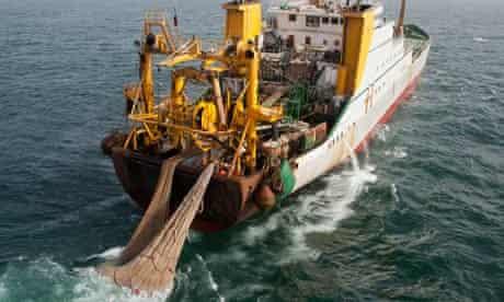 MDG : EU fishing : English super trawler boat along West Africa coast