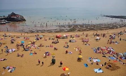 England Beach Blue Flags 2012 : king Bay Beach, Broadstairs, Isle of Thanet Kent