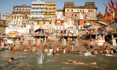 Damian on river basins : the river Ganges in Varanasi
