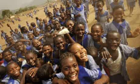 MDG : Changing demographics in Africa : Pupils of preliminary school in Abuja, Nigeria