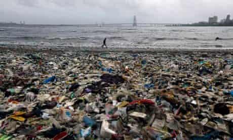 Waste in India : garbage, mostly plastic waste, on beach near Mumbai