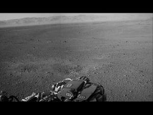 Curiosity rover's panoramic view of Gale Crater on Mars