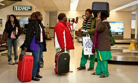 MDG : Congolese immigrants arrives at an airport in Spokane, US