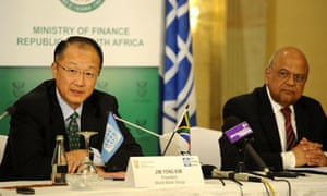 MDG : WWorld Bank President Jim Yong Kim in South Africa with Finance Minister Pravin Gordhan