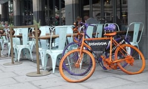 Bike blog : An exemple of iconographic use of a bicycle : Dishroom restaurant in London