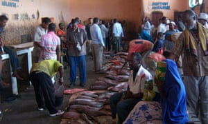 MDG : Somalia : Fish market in Mogadishu