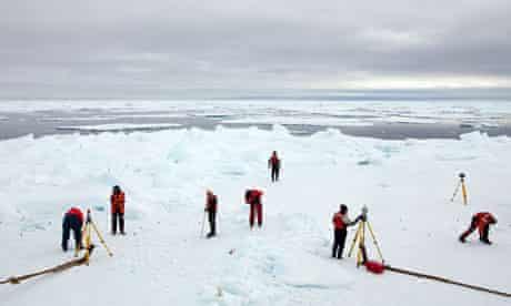 John Vidal blog in Arctic : Greenpeace expedition Studying Arctic Sea Ice