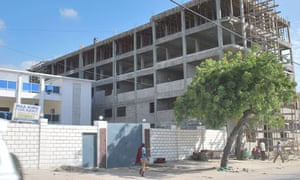 MDG : Somalia : Building site in Mogadishu