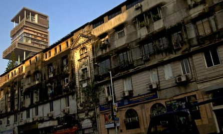 MDG : India Inequalities : Luxury building Antilla, New Property In Mumbai