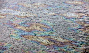 Arctic oil spill pollution risks : Deepwater Horizon oil spill in the Gulf of Mexico