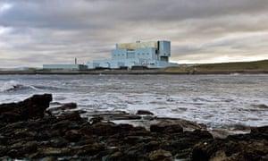 Torness nuclear power plant, seen from Skateraw Bay near Dunbar in East Lothian
