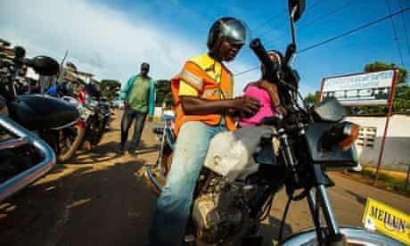 MDG : Pehn-pehn , motorcycle taxi ban in Monrovia, Liberia