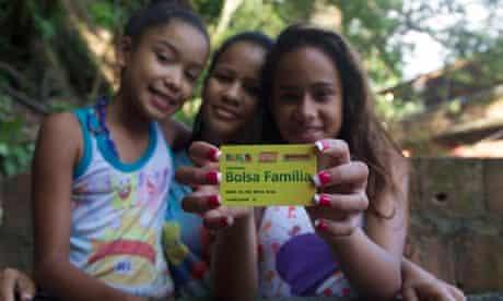 MDG : Brazil Bolsa familia : Maria da Paz, centre, and two of her daughters