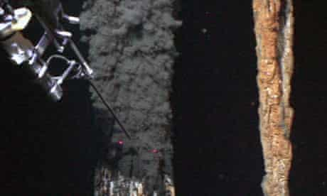 Deep-sea vents and deep-sea pollution