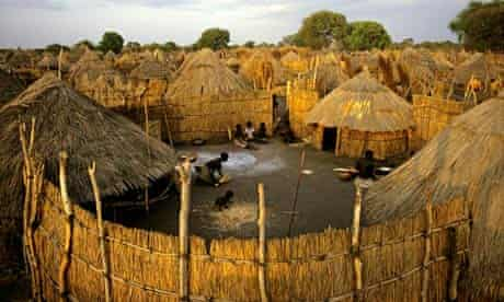 MDG : Anuak Village in Southern Ethiopia