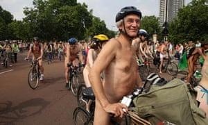 Bike blog : Naked Bike Ride with helmet