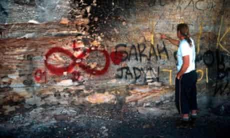 Australia aboriginal art threatened by mining industry :
