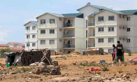 MDG : Angola: slum clearence and new housing in Luanda