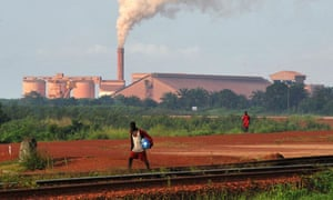 MDG : Guinea : bauxite factory of Guinea's CBG largest mining firm at Kamsar