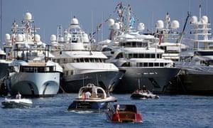 MDG : Tax avoidance at G8 : Luxury yacht in Monaco