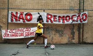 MDG : Brazil : Copa Popular soccer tournament hold against slum evictions in Rio de Janeiro