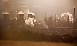 UK CO2 emissions : UK to miss 2020s greenhouse gas targets
